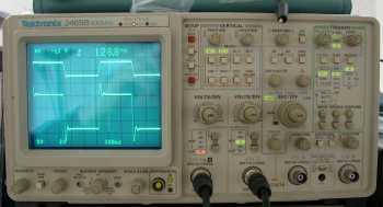 Analog oscilloscope benefits